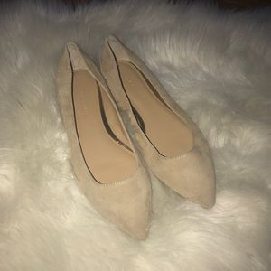 Banana republic tan suede pointy toe flats 7.5